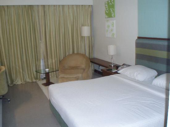 The Metropole Hotel : Room 414