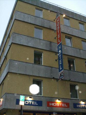 A&O Koeln Neumarkt: Auberge vue de l'extérieur