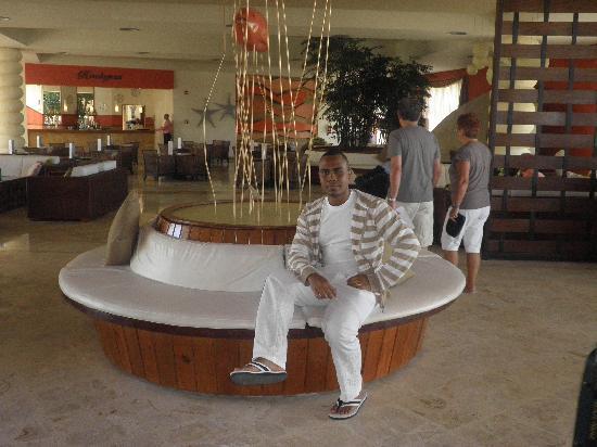 Secrets Royal Beach Punta Cana: at the lobby