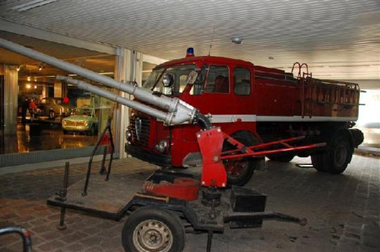 Museo Storico Alfa Romeo: vigili del fuoco