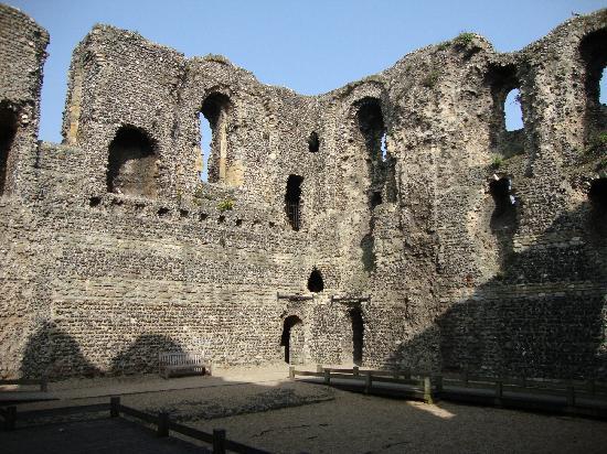 Canterbury Norman Castle: Canterbury Castle interior