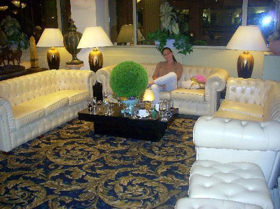 Hotel Paradis: Una delle sale dell'hotel