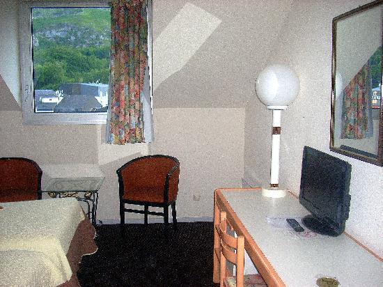 Hotel Paradis : parte della stanza2
