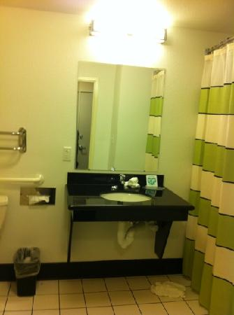 Fairfield Inn & Suites St. Augustine I-95: clean bathrooms