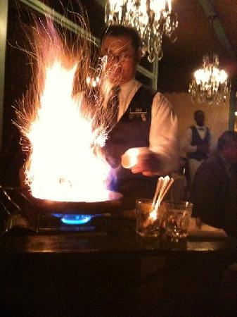 Commander's Palace: Bananas Foster: Dinner and a show!