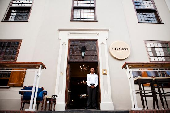Alexander Bar, Café & Theatre : The surprisingly peaceful stoep where you can watch busy Strand Street go by