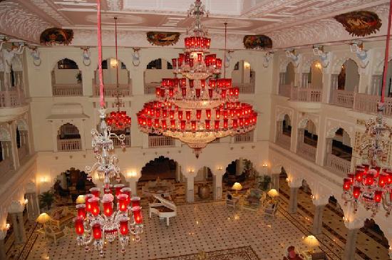 The Shiv Vilas: lobby marvelous