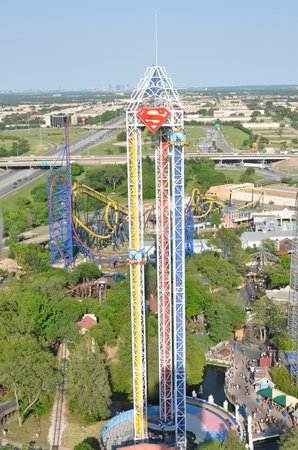 Arlington, TX : Superman Ride
