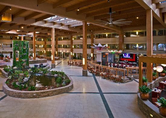 Crowne Plaza, Suffern: Atrium
