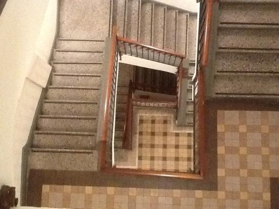 Las Clementinas Hotel: Las Clementinas Staircase