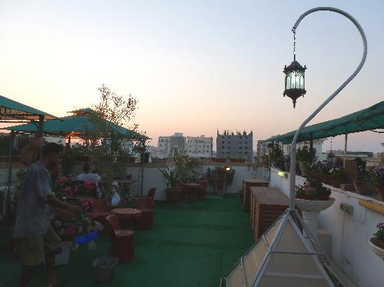Nomad Guest House: Roof Terrace