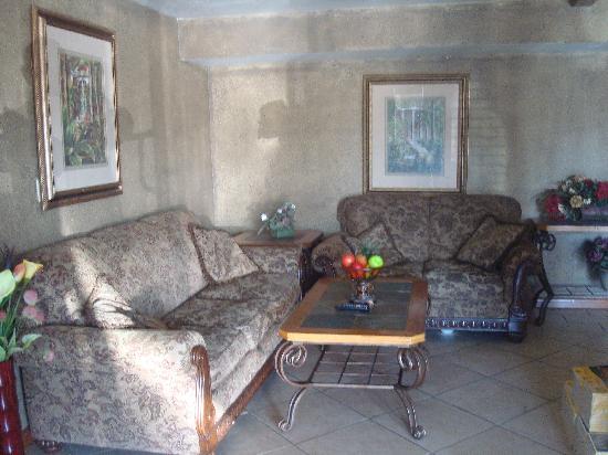 Days Inn Stillwater: Lobby