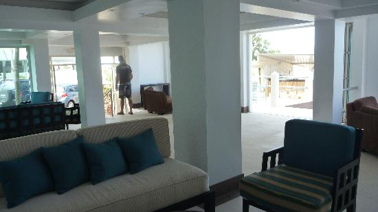 Atlantic Beach Hotel: Lobby
