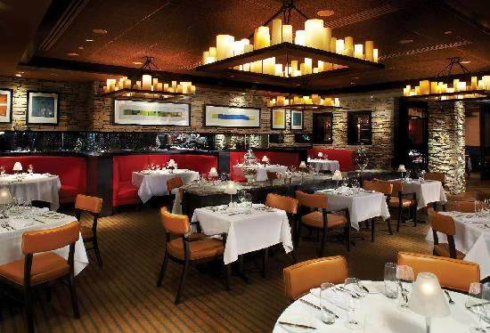 PGA National Resort and Spa: Ironwood Steak & Seafood offers the finest steaks and freshest, local seafood