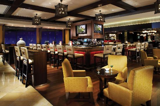 PGA National Resort & Spa: the sophisticated iBAR
