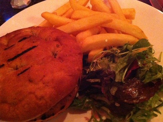Tron Bar & Kitchen: veggie burger and chips at the Tron
