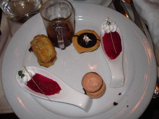 Sea Lounge : desserts!