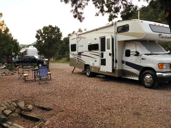 Mountaindale Cabins & RV Resort: spotless sites