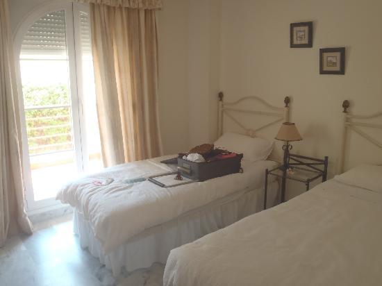Senorio de Aloha: twin room