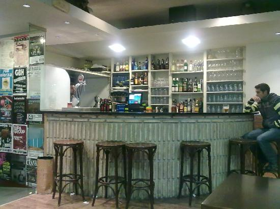 La Pintozzeria: Barra