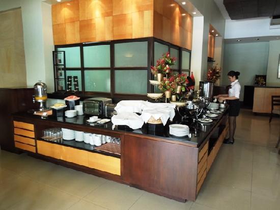 Pontefino Hotel & Residences: Robusta Restaurant