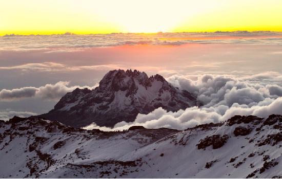 mount kilimanjaro hiking tours