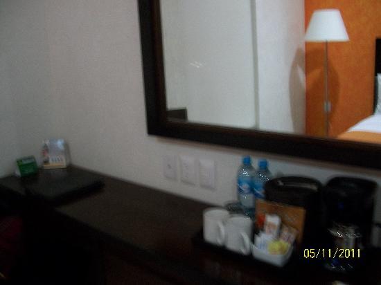 坎昆機場舒適賓館照片