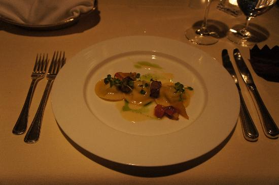 Five Sails Restaurant: Dungeness Crab Ravioli with Kurobuta Berkshire Pork