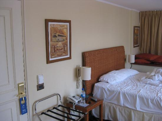 La Sebastiana Suites: room