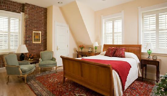 Embassy Circle Guest House: Room 134 - Copper Bijjar