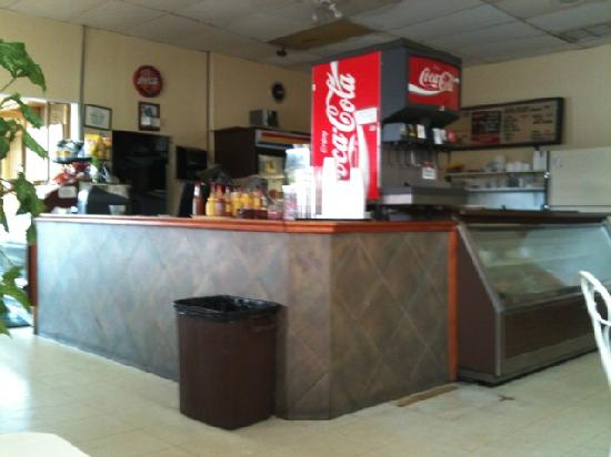 Vega's Cafe: Inside