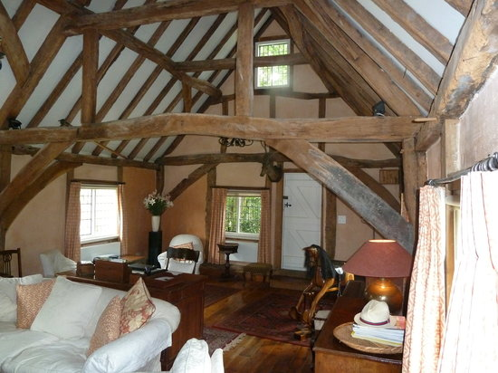 The Barn at the Old Cottage: Living room area
