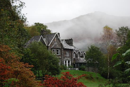 YHA Grasmere Butharlyp Howe: From outside