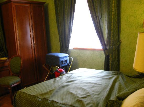Hotel Fellini: room