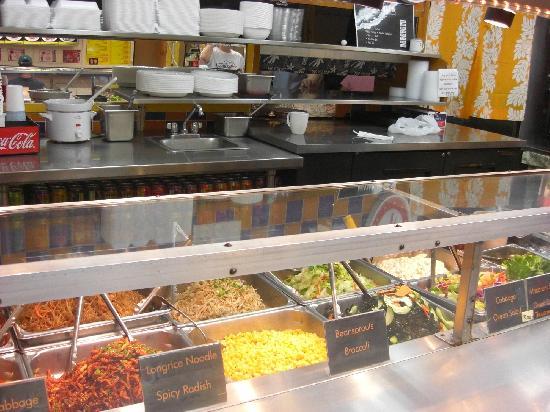 Choi's Kitchen: 店内調理場