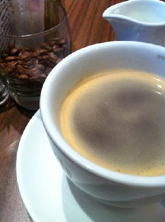 Halpin's Bridge Cafe: my hot coffee