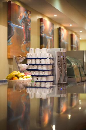 Holiday Inn Express Chester - Racecourse: Hotel Breakfast Bar