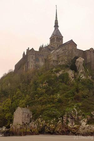 La Chapelle-Saint-Aubert : サントオベール礼拝堂