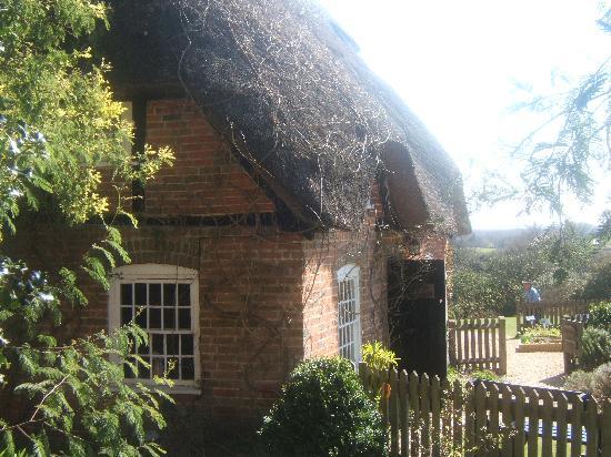 Furzey Gardens: Furzey Oak Cottage