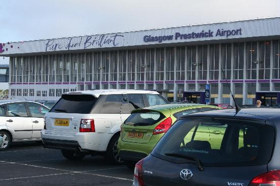 Prestwick Guest House: CLOSE TO THE AIRPORT