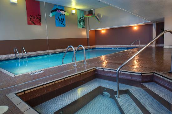 Ramada Plaza Prince George: Pool & Hot Tub