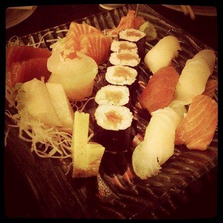 ZUSHIYA Modern Japanese Dining: sushi platter