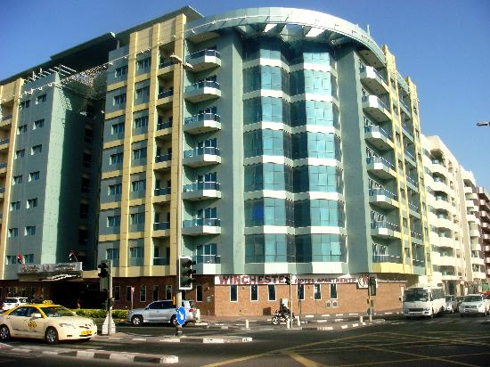 Fachada do hotel picture of winchester hotel apartments for Best value hotels in dubai
