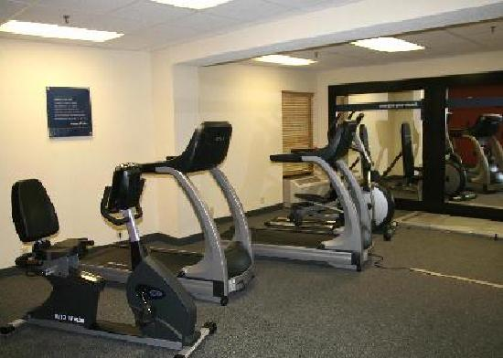 Hampton Inn Indianapolis-South: Fitness Center