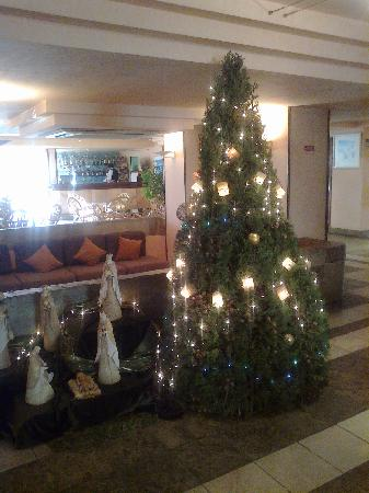PrimaSol Golden Club: christmas tree in hotel