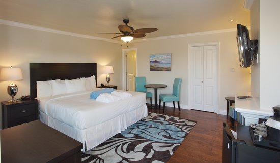 Beach Bungalow Inn and Suites: Deluxe King Room