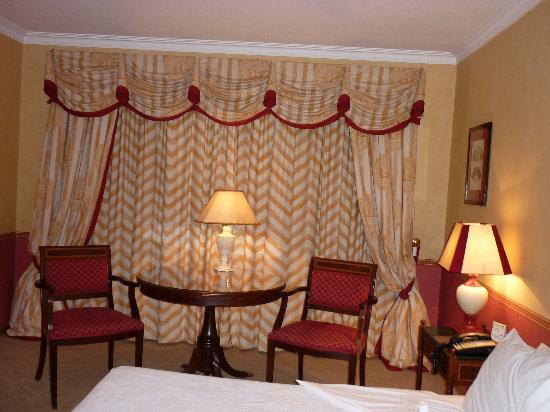 Dom Pedro Lisboa: Dormitorio