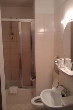 Europäischer Hof Hotel: Bathroom was same size as room?