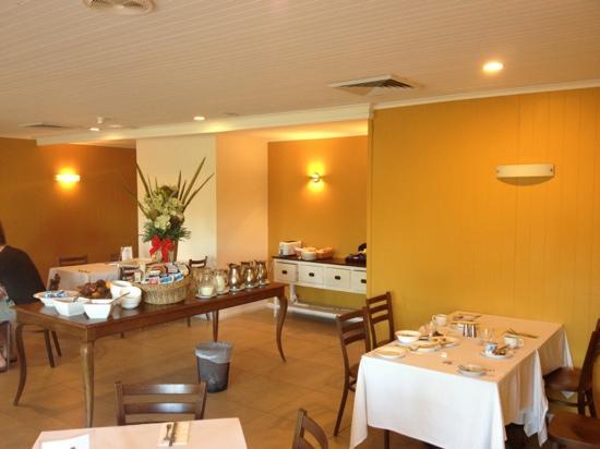 No 95 Accommodation: restaurant, breakfast