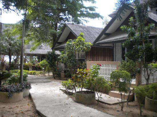 Weekender VIlla Beach Resort: Bungalows
